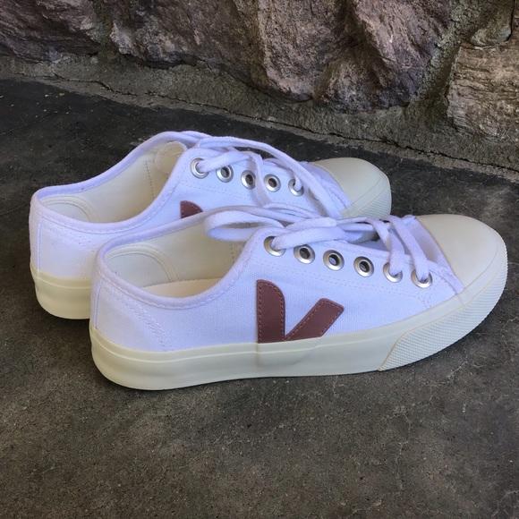 Wata White Dried Petal Canvas Sneakers